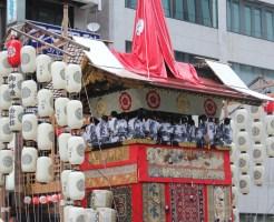 京都祇園祭り お稚児さん