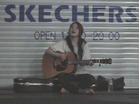 森恵 「眠れぬ夜」 2008・6・25 吉祥寺路上ライブ