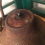 伊賀市で蔵にある古い食器やギフト、置物や骨董の買取査定