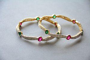 jewellery-1175532_640