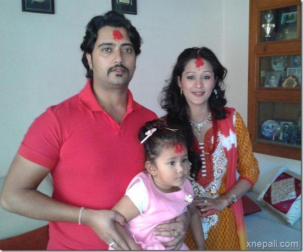 melina_manandhar_mukesh_dhakal_dashain_2069
