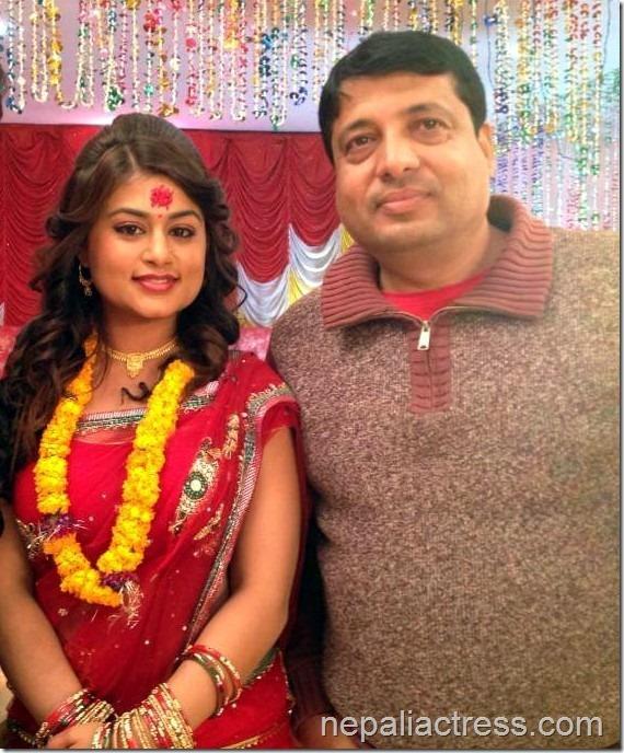 shilpa-pokharel-and-chhabi-raj-ojha-lazza sets