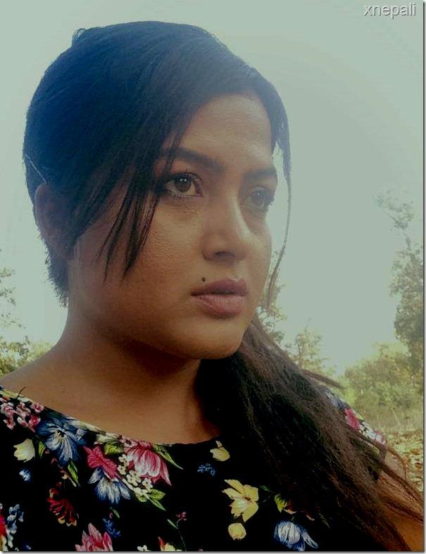 Himmatwali shooting rekha thapa (2)