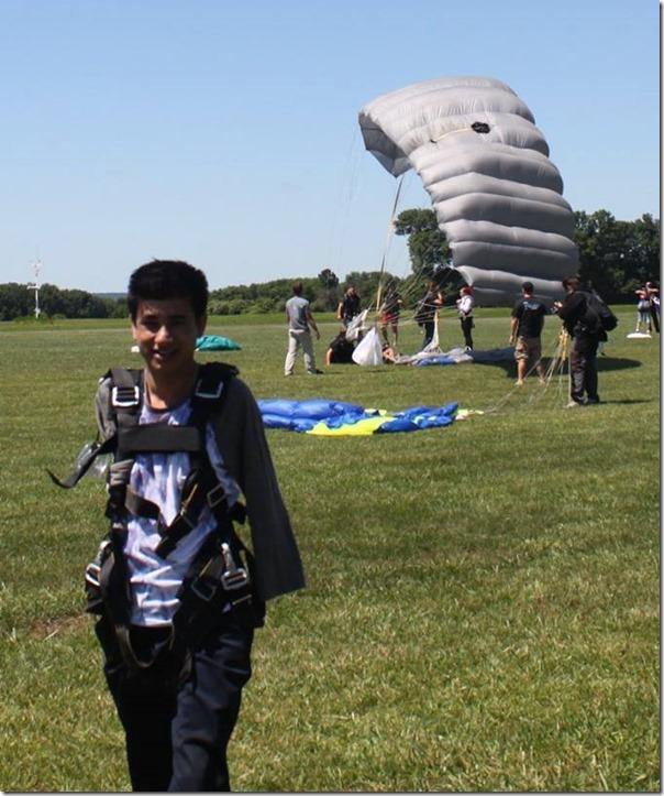 sudarshan gautam sky diving in USA (9)