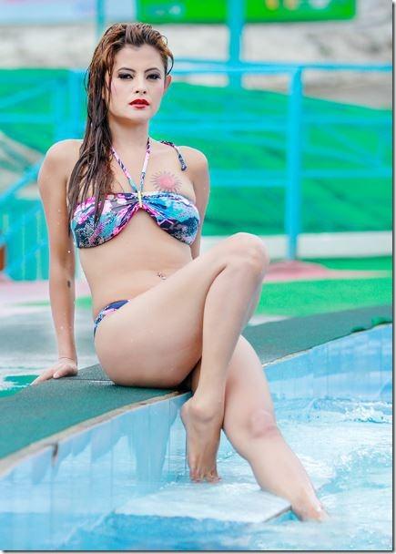 Rani mukherjee full sexy photo-4779