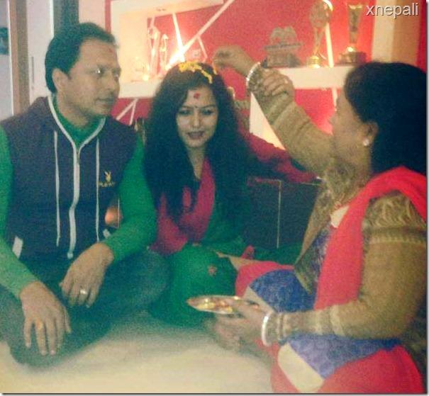 rekha thapa deepawali 2014 taking tika