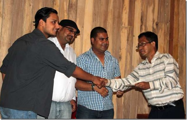 rekha thapa gave 30k to journalists