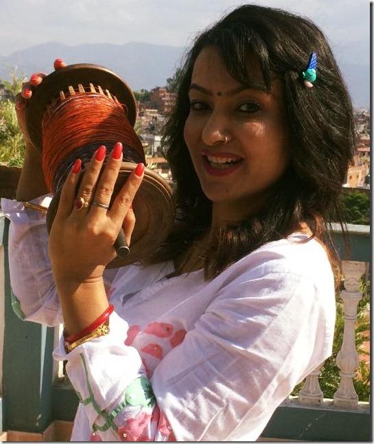 jharana thapa dashain 2015 kite flying4