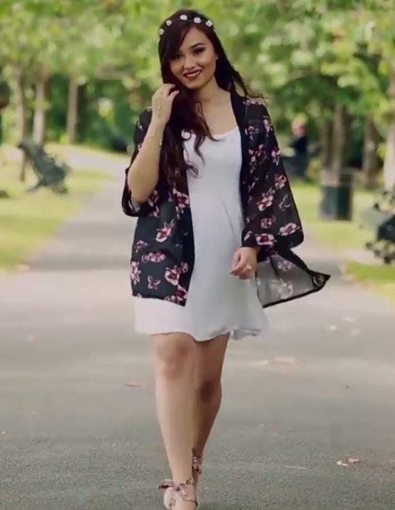 nepali-actress-sara-2