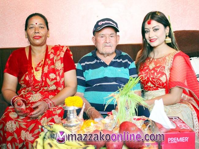 shweta-khadka-dashain-tika