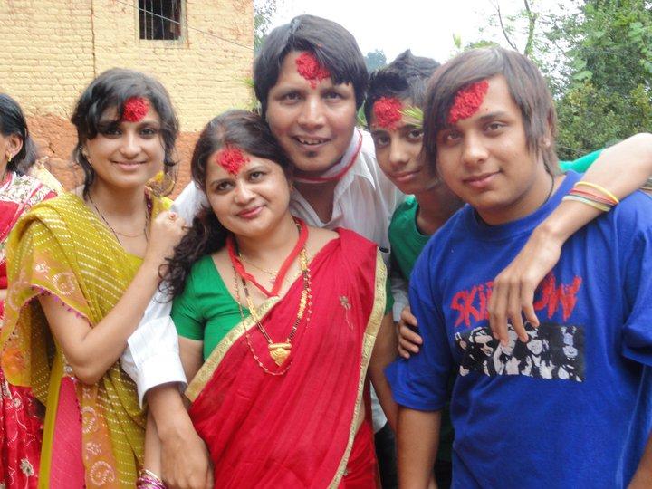 deepak-raj-giri-family-dashain-2014
