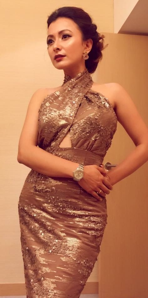 namrata-shrestha-in-sexy-outfit-in-hongkong