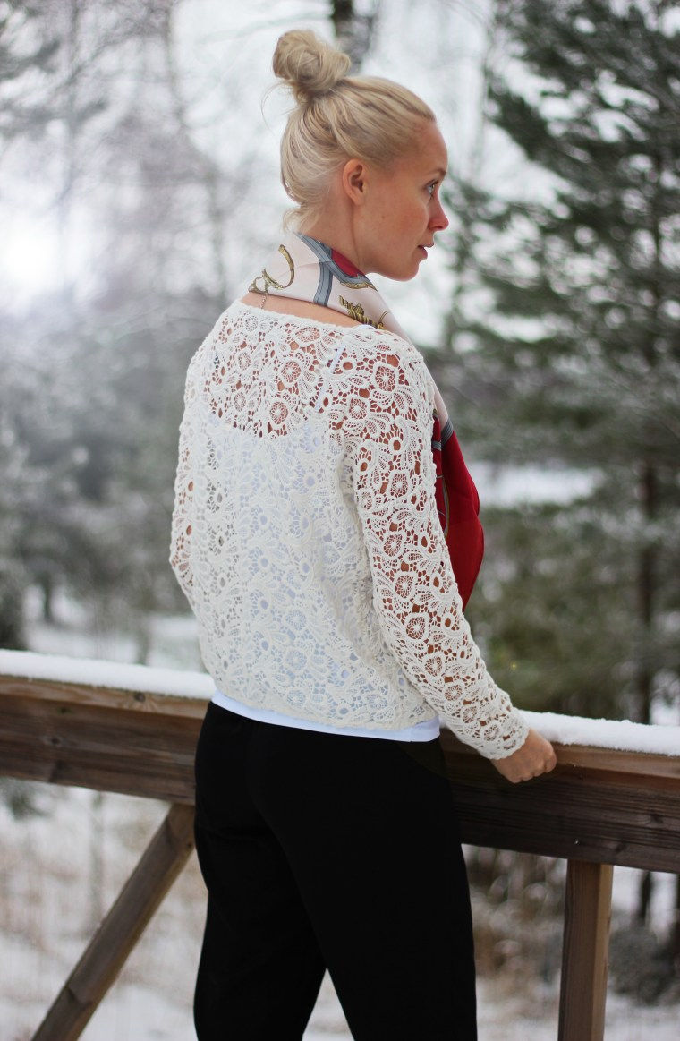 lace & scarf 4