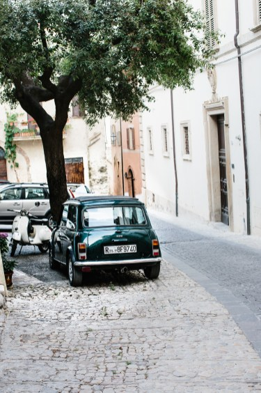 montefalco cute car (1 of 1)