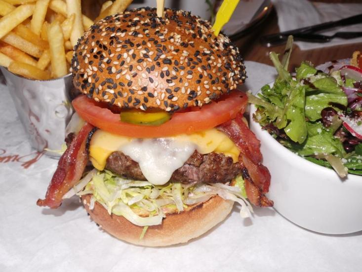 BURGER AND LOBSTER NYC (8)