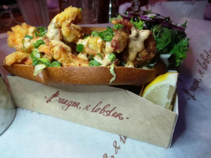 Burger and Lobster Bryant Park NYC xojohn (34)