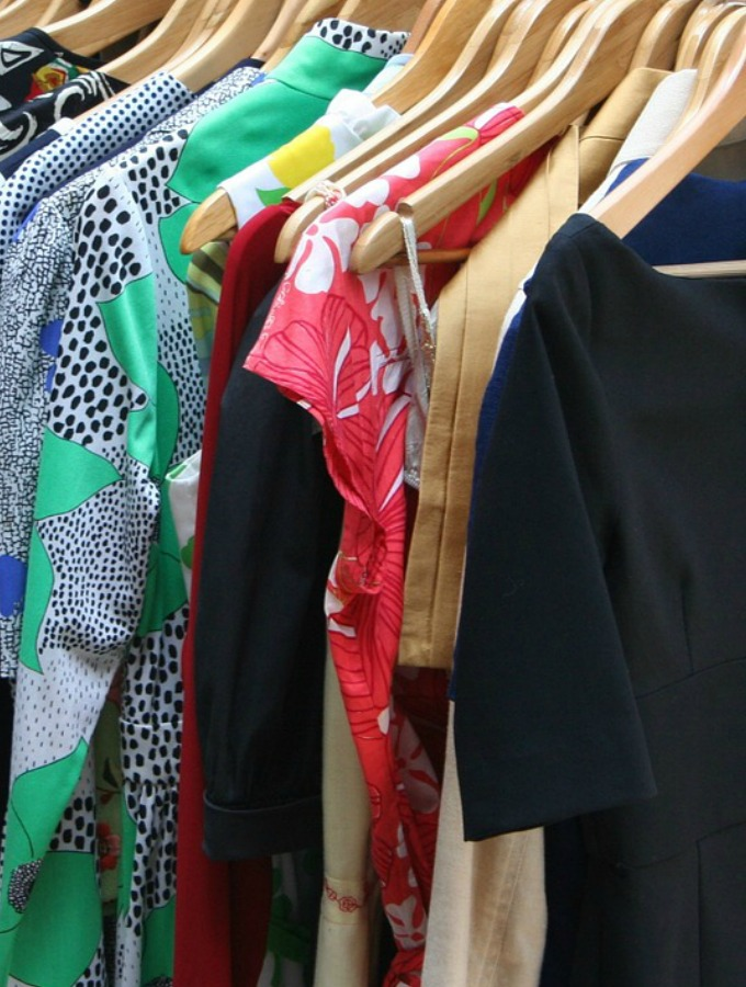 How cleaning up your closet will clean up your life!