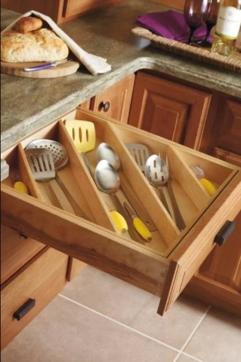 small kitchen storage tools ideas. I love this post so much! It seriously helped me so much! I live in a tiny place so I need to use every space so wisely! This guide gave me so many ideas and a lot of ways to think differently that I never thought about before. These simple home hacks for storage is amazing!! Pinning for later!