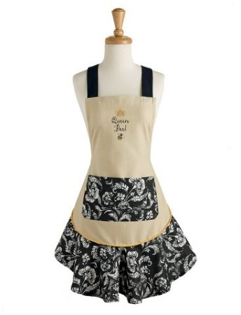 Holiday Gift Guide 2017 For the Home Baker. Queen Bee ruffled apron. It can be so difficult to shop for a home baker and I don't know where to start. But this guide is perfect! These tools and gift ideas are amazing! I love the cute necklace to the stand mixer gifts! They all work for someone who loves to bake! Saving for later!