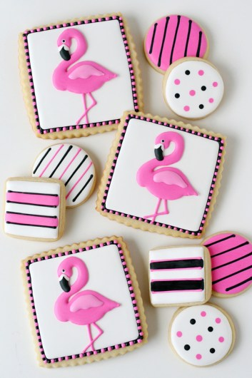I love the flamingo trend that happening right now! The flamingo desserts are so bright and colorful and are simply magical! I think this post is a great idea because of the many recipes like flamingo cake pops, flamingo donuts, flamingo cookies and fabulous flamingo cakes! These treats will have everyone obsessing over your flamingo treats! This is a must try! #flamingoideas #flamingocakes #flamingotreats #flamingoparty #flamingodesserts #diyflamingo #cakedecorating #baking #DIYpartyideas
