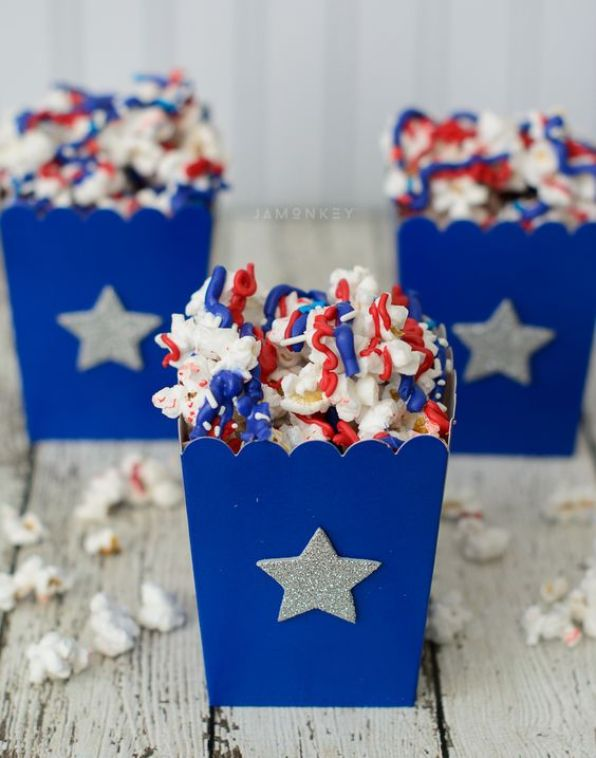These 4th of July Desserts are SO CREATIVE! I never would have thought there were so many possibilities for red, white and blue treats, but there are, and they're all awesome! 16 ways to show your love for the USA with these red, white and blue dessert treats that everyone will fall in love with. #4thofjuly #dessertrecipes #patrioticdesserts