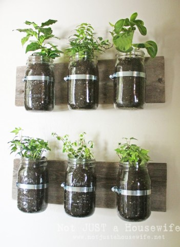 11 Creative DIY Garden Projects for Small Apartments. These DIY garden projects they are perfect for tiny balconies or small patios. These garden projects range from furniture gardens, hand painted planters, upcycling colanders, and DIY garden markers any of these will help make your garden dreams come true! #diycrafts #gardening #gardenprojects