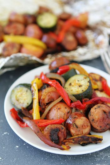 grilled sausage and vegetables packets, easy grilling recipes