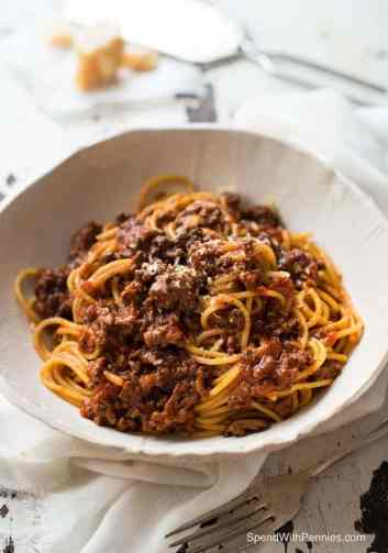 Slow Cooker Spaghetti Bolognese, slow cooker pasta recipes