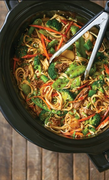 Slow Cooker Lo Mein | Slow Cooker Pasta Recipes