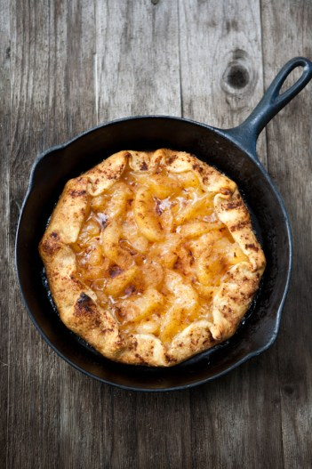 Grilled Apple Galette | Grilled Desserts Recipes