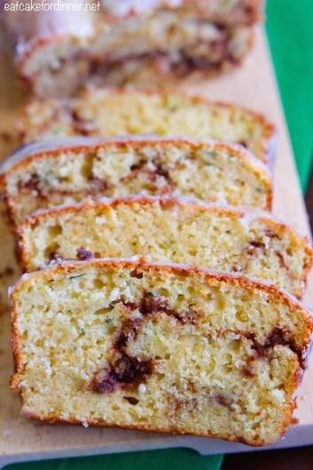 Cinnamon Roll Zucchini Bread | Easy Desserts Made From Zucchini