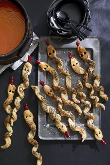 Breadstick Rattlesnakes | Halloween Party Appetizers