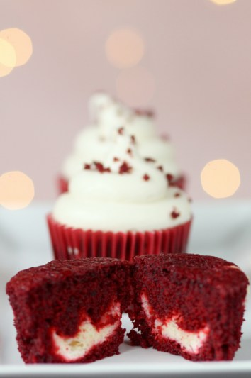 Cheesecake Stuffed Red Velvet Cream Cheese Cupcakes | Cheesecake Stuffed Desserts