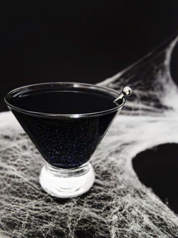 Black Magic Cocktails | Spooky Halloween Cocktails