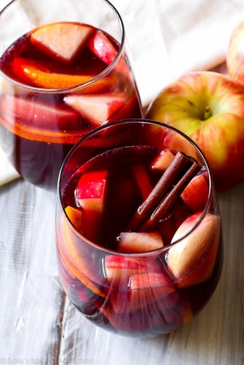Honeycrisp Apple Sangria | Fall Sangria Cocktail