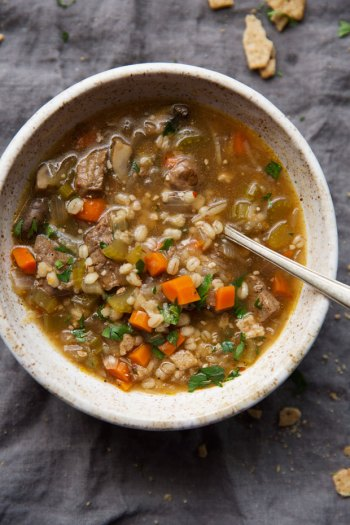 Instant Pot Beef and Barley Soup | 11 Instant Pot Comfort Food Recipes #instantpotrecipes #instantpotcomfortfood #fastcomfortfood