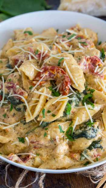 Instant Pot Tuscan Chicken Pasta   11 Instant Pot Comfort Food Recipes #instantpotrecipes #instantpotcomfortfood #fastcomfortfood