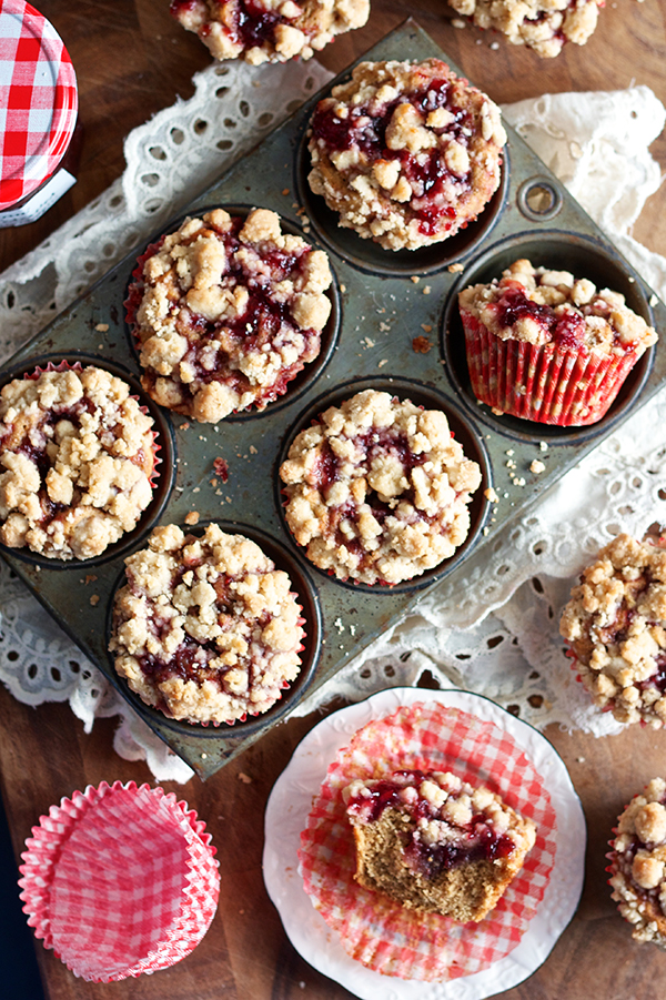 Peanut Butter and Jelly Muffins | Learn how these creative peanut butter and jelly recipes go beyond the classic sandwich. Choose from Peanut Butter and Jelly Cheesecake or Donuts to PB & J Muffins or Hand Pies. These peanut butter and jelly recipes make lovely desserts, snacks or anytime treats that you and your family will totally love! #xokatierosario #peanutbutterandjelly #pbjdesserts #easypb&jdesserts