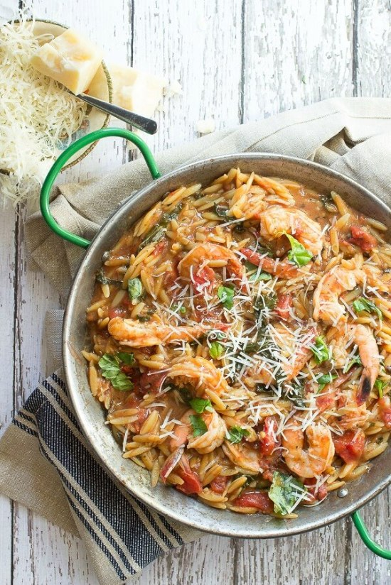 One Pot Orzo with Shrimp | This is for those who are looking for healthy easy recipes with minimal cleanup. The solution is easy, making one pot healthy meals. Choose from one pot recipes like Cashew Chicken Stir Fry, Spicy Thai Noodles, or Mexican Rice Casserole! These one pot healthy dinners are sure to make cooking on a busy weeknight so much easier. #xokatierosario #onepothealthymeals #easyonepanrecipes #easyhealthymeals
