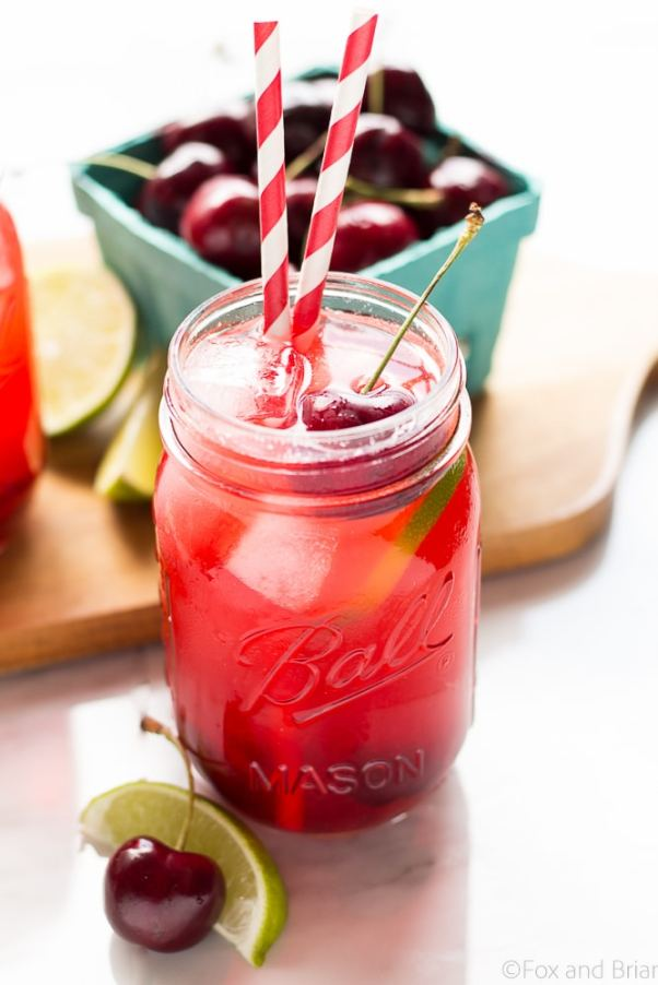 Sparkling Cherry Limeade | These sparkling drinks are fantastic for summer entertaining. Whatever sparkling drinks you choose to make this summer, your thirst will be quenched, and you'll stay relaxed and happy in the summer heat. Here are 14 Sparkling Drinks That'll Keep You So Refreshed! #xokatierosario #sparklingdrinks #sparklingcocktails #sparklingnonalcoholicdrinks #summerentertaining