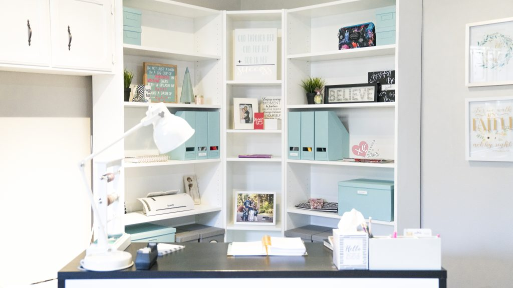 Creating An Office Corner On A Budget