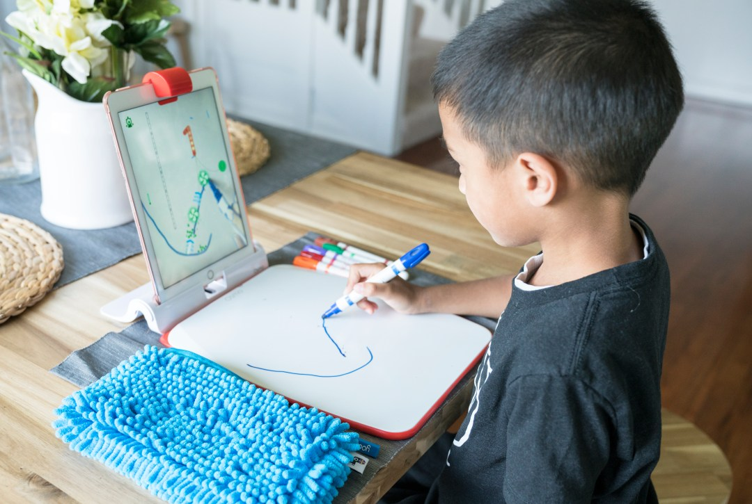 playosmo creative kit newton