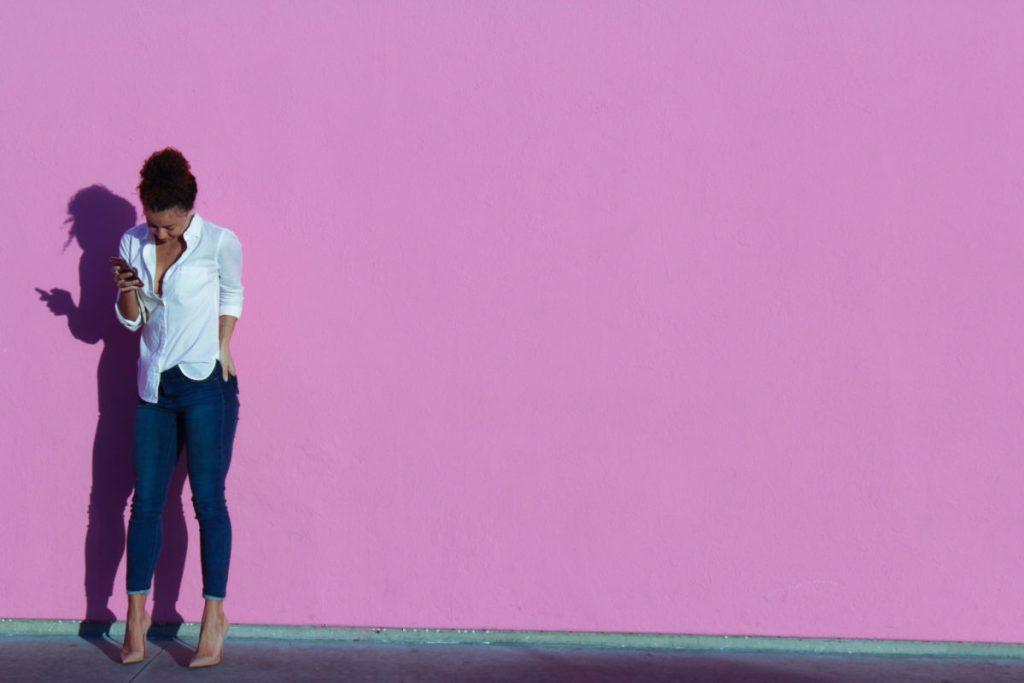 pink wall xoxojackie