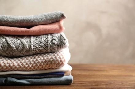 Minimizing My Wardrobe, Maximizing My Life uncategorized