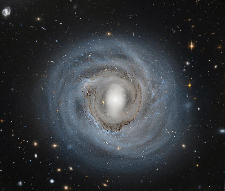 20131126XD-NASA-ngc4921_colombari_3984