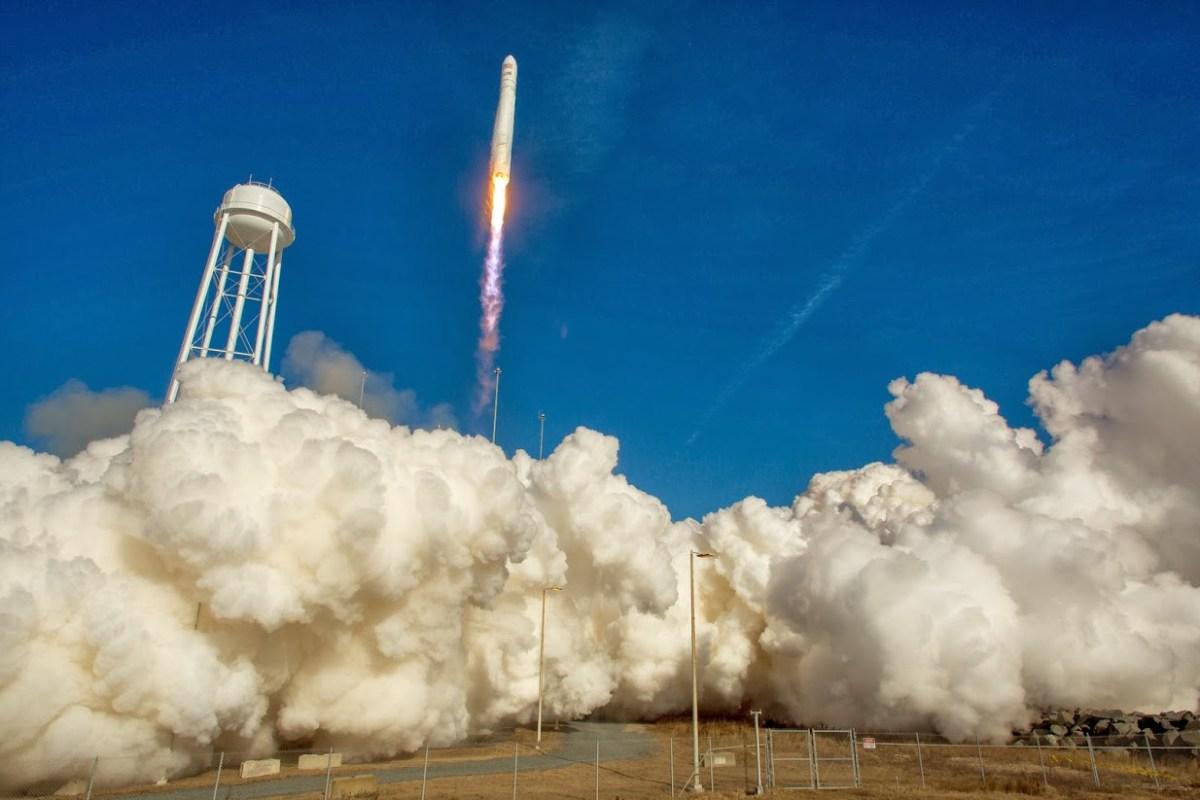 20140110XD-NASA-OrbitalScienceCorp-AntaresRocket