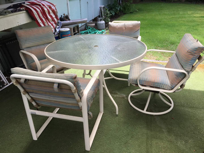 lot 60 mallin patio furniture 5