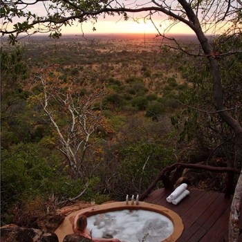 African Safaris With Outdoor Jacuzzi