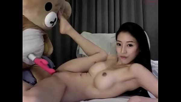 asia fox 160617 2156 female chaturbate