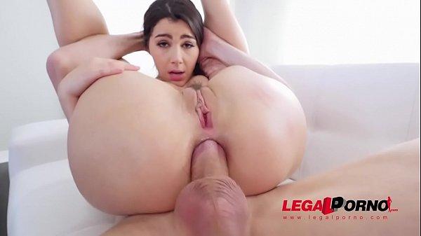 Italian Pornstar Valentina Nappi DP'ed so HARD